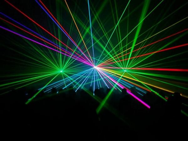 Show laser bleu et multicolor